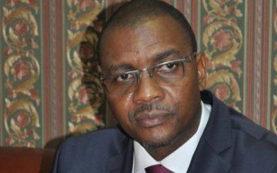 Gabriel Dodo Ndoke précise les normes des masques et gants de protection à commercialiser