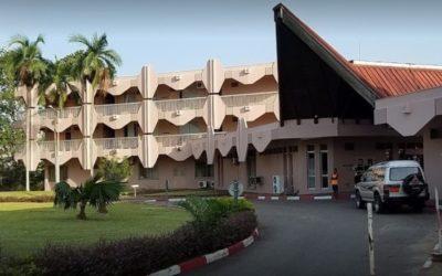 Faux, le Prof Henry Luma, DG de l'hôpital général de Douala, n'est ni décédé ni atteint de la Covid-19